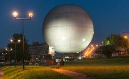 在波兰停放在,克拉科夫,气球,夜 库存照片