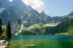 在波兰Tatra山的Morskie Oko 免版税库存照片