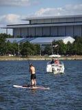 在波托马克的桨搭乘 库存照片