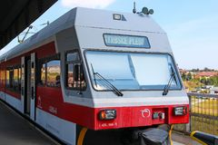 在波普拉德火车站,斯洛伐克的电车 库存图片