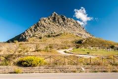 在波特利亚della吉内斯特拉的山风景,在巴勒莫西西里岛附近 免版税库存照片