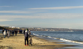 在波罗的海的早晨步行, Gdask,波兰 免版税库存照片