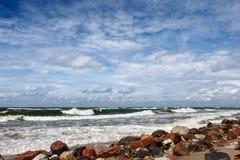 在波罗的海的美丽的夏天风暴 库存照片