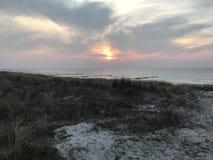 在波罗的海的美好的日落 库存照片