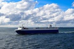 在波罗的海的货物轮渡 库存照片