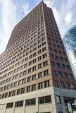 在波茨坦广场的Kollhoff塔在柏林,德国 库存图片