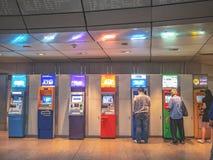 在泰国华lamphong MRT驻地的ATM 图库摄影