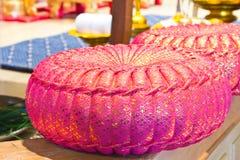 在泰国婚礼的枕头 库存图片