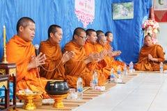 在泰国婚姻仪式的僧侣  库存照片