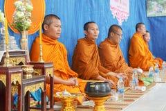 在泰国婚姻仪式的僧侣  库存图片