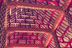 在泰国寺庙的屋顶结构 库存照片