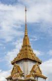 在泰国寺庙的美好的建筑学 免版税库存图片