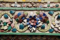 在泰国寺庙的马赛克 免版税库存图片