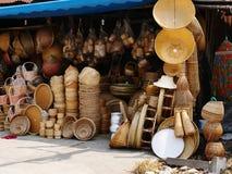 在泰国市场的竹柳条制品篮子 免版税图库摄影