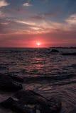 在泰国湾的海岸的五颜六色的日落 库存照片