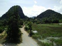 在泰国视图的山 库存图片