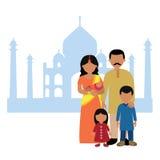 在泰姬陵前面的印地安家庭 免版税库存图片