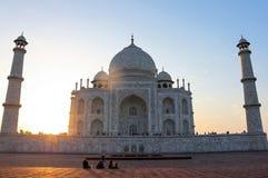 在泰姬陵坟茔的日落在阿格拉,印度 库存照片