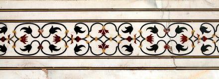 在泰姬陵复合体墙壁上的花卉样式  免版税库存图片