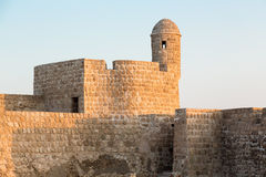 在泽夫的老巴林堡垒黄昏的 免版税库存照片