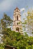在洛斯因赫尼奥斯山谷谷的Manaca Iznaga塔在特立尼达,古巴附近 塔用于观看奴隶工作  库存照片