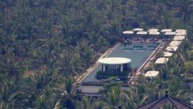 在洲际的岘港市半岛手段的游泳池 库存图片