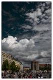在浩劫纪念碑上的天空在柏林 免版税库存照片