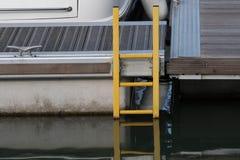 在浮船的抢救梯子 免版税图库摄影
