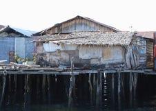 在海上的恶劣的房子 免版税库存照片