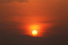 在海上的美好的日落 库存照片