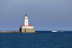 在海军码头的芝加哥灯塔 免版税库存照片