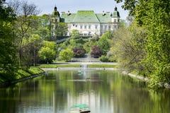 在海岛上的宫殿, 免版税库存图片