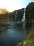 在海岛上的小瀑布 库存照片