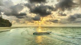 在海岛上的黎明 库存照片