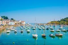 在海岛佳丽Ile en梅尔,法国的Sauzon 免版税库存图片