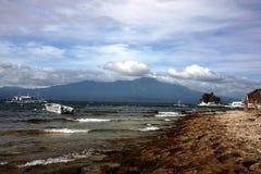 在海岛菲律宾上的海滩 免版税库存图片