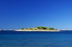 在海岛06之前的Murter海岛 库存照片