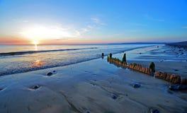 在海岸的晚上 免版税图库摄影