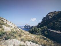 在海岸的美好的风景在盖帽Formentor附近 免版税库存图片
