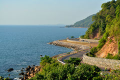 在海旁边的路 库存照片