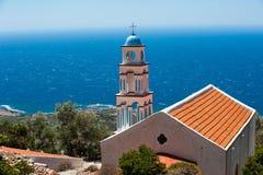在海洋之上的教会 免版税图库摄影
