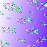 在海洋样式的一个时髦的青年夏天样式:不同的大小五颜六色的鱼在紫色背景的 免版税图库摄影