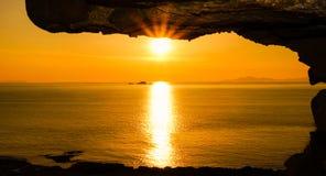 在海洋的日落在苏格兰 免版税图库摄影