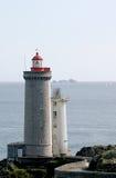在海洋附近的灯塔 库存照片