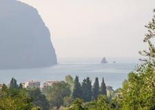 在海湾的日出在Petrovac在黑山 库存照片
