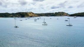 在海湾的风船 免版税图库摄影