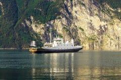 在海湾,挪威的轮渡 库存图片