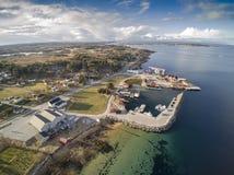 在海湾,鸟瞰图的挪威海湾 库存图片