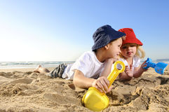 在海滩的乐趣 免版税图库摄影