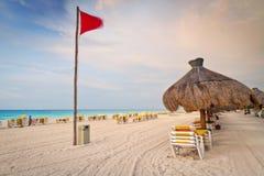 在海滩的加勒比日出 免版税库存照片